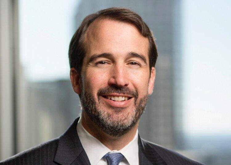 Robert Cox Jr.