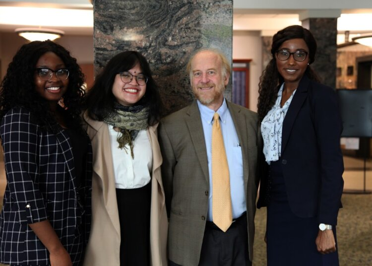 Judge Shapiro Gives WMU-Cooley Law School Students Advice
