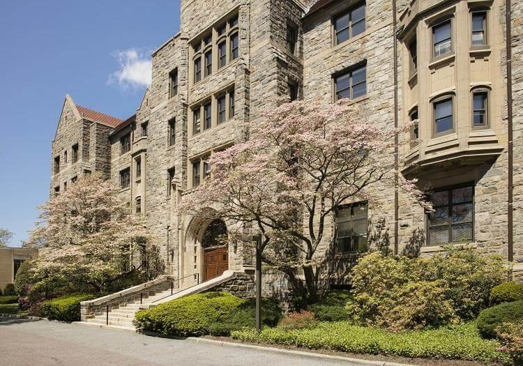 Elisabeth Haub School of Law