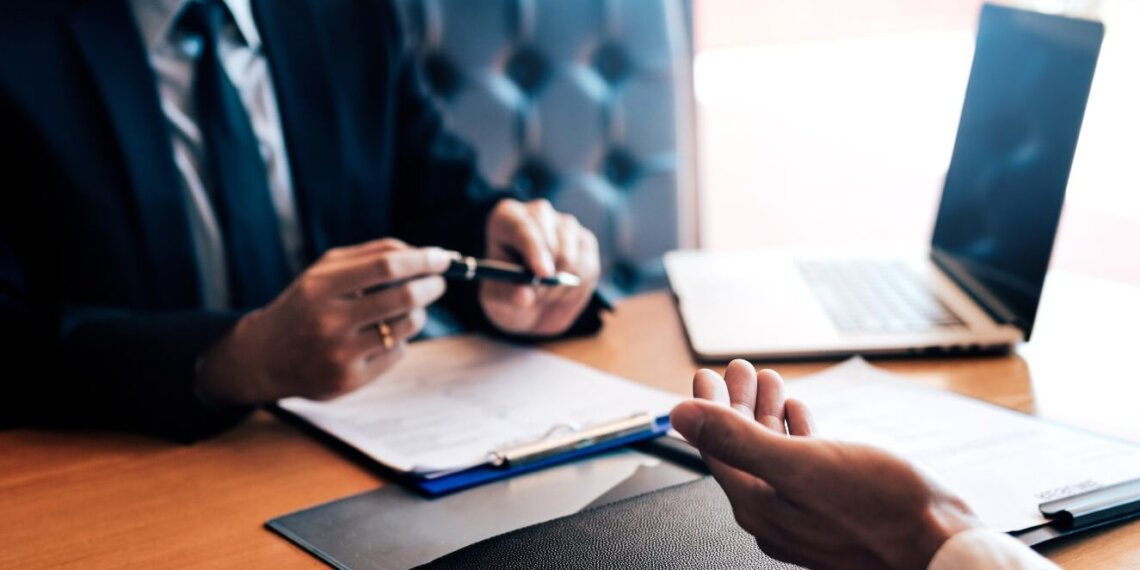 When Do I Need a Business Lawyer for My Small Business?