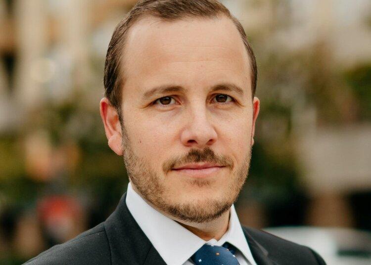 Christopher J. Rizza