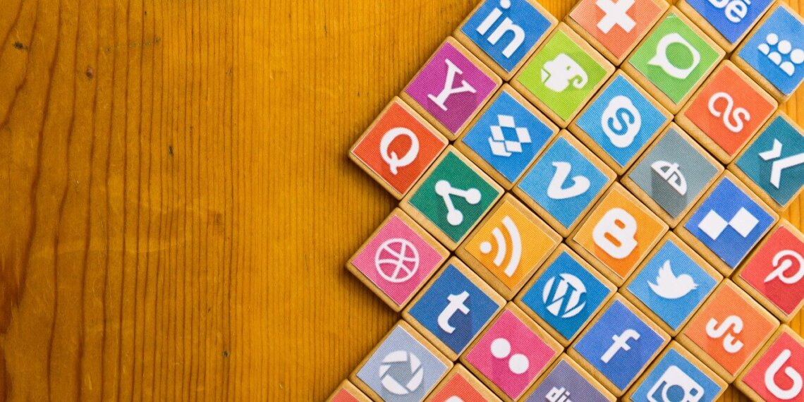 social media tools and apps