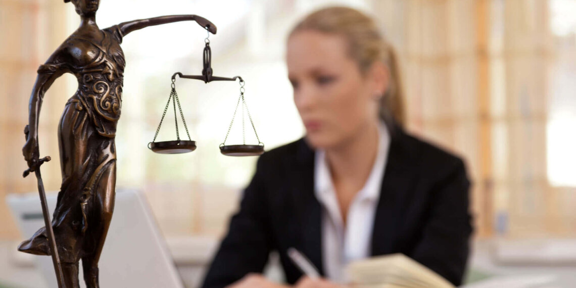 7 Must-Know Tips for Hiring an Attorney for Your Case