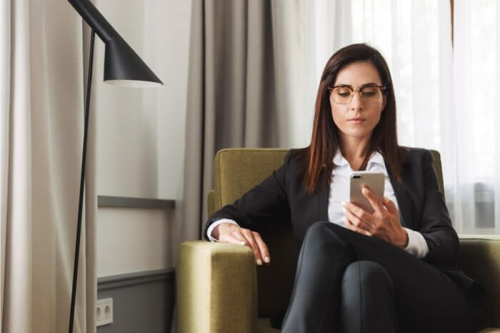Looking to File a Divorce? Communicate via Email or Text Message During COVID-19 Lockdowns