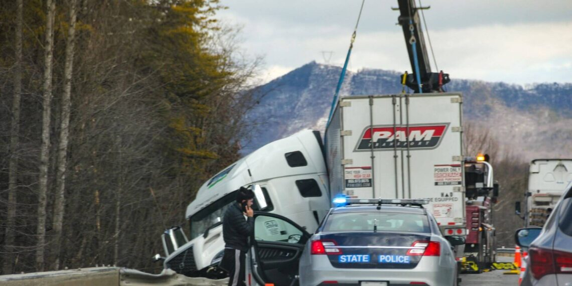 Truck that got in an accident due to weight overload. The most common type of Truck Accident in Pikeville Kentucky.