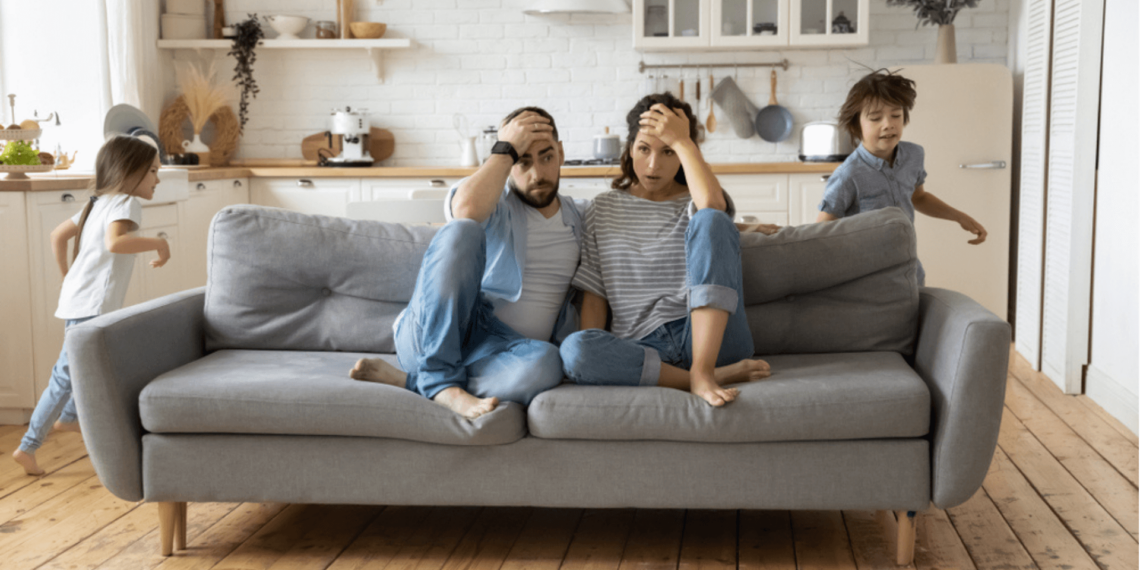 Unmarried parents discussing custody rights