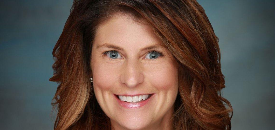 Carrie Cravatta
