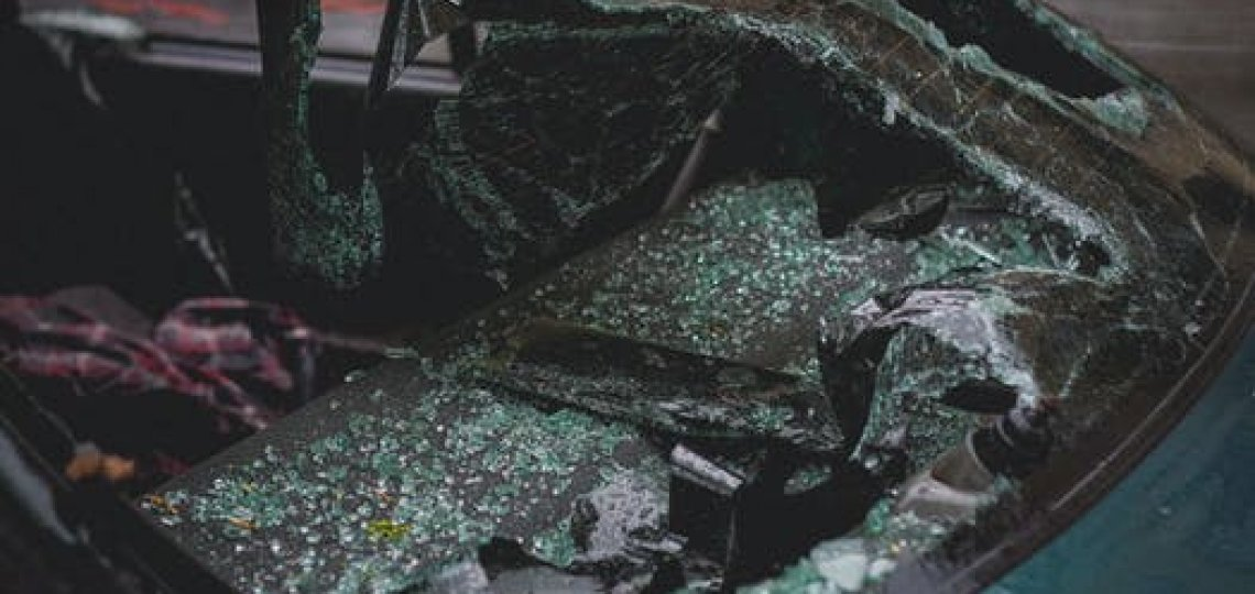 Been in a Crash? The Top Signs You Need to Hire a Car Accident Lawyer