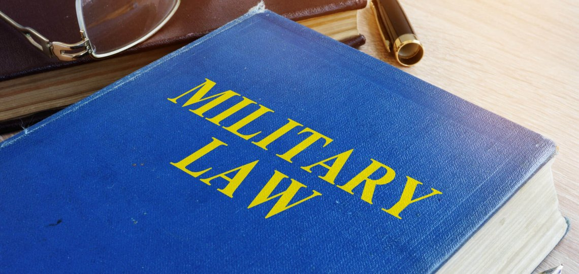 Military Lawyer vs Civilian Lawyer: What's the Difference?